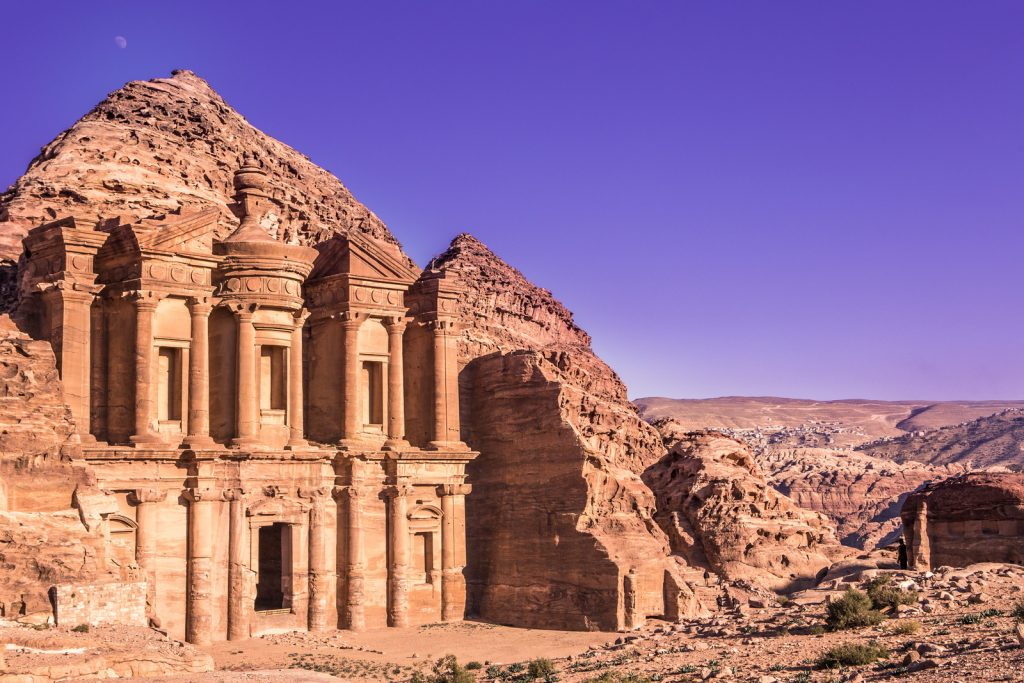 Clipping-Amazon-Travel-Photography-Places-Petra