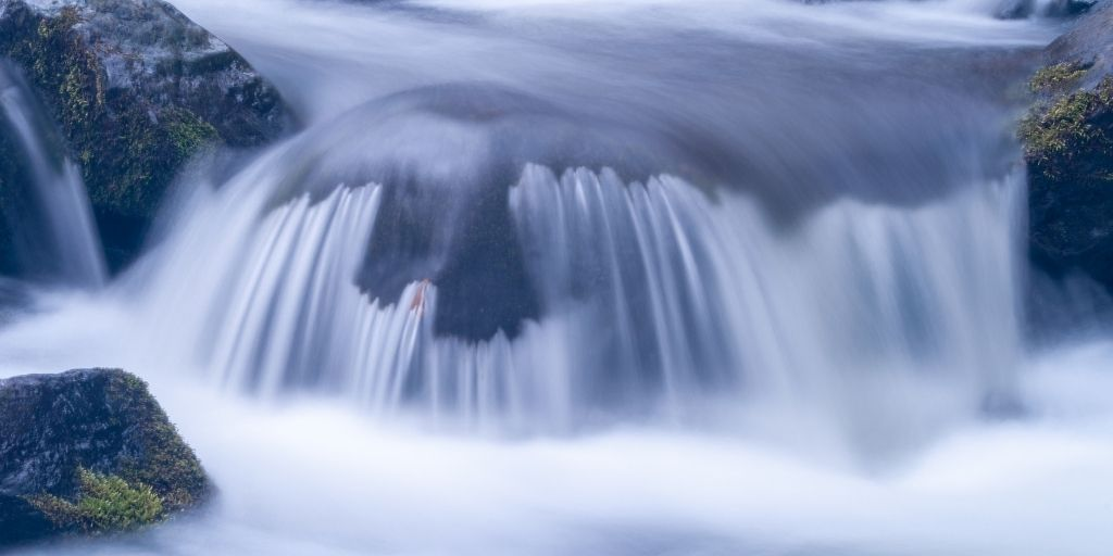 Flowing-water-clipping-amazon